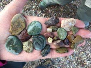 Handful of rocks - Annette Wagner